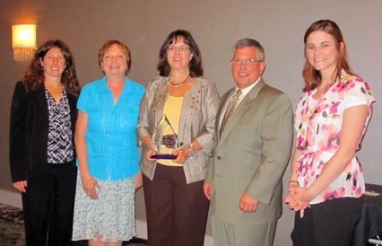 Upstate Medical University receives award from the Corporate Volunteer Council